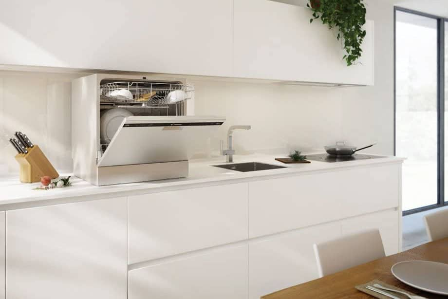 micro lave vaisselle cdp6e dans une cuisine moderne