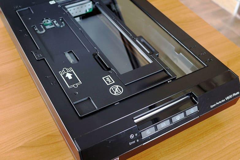 scanner avec porte négatifs