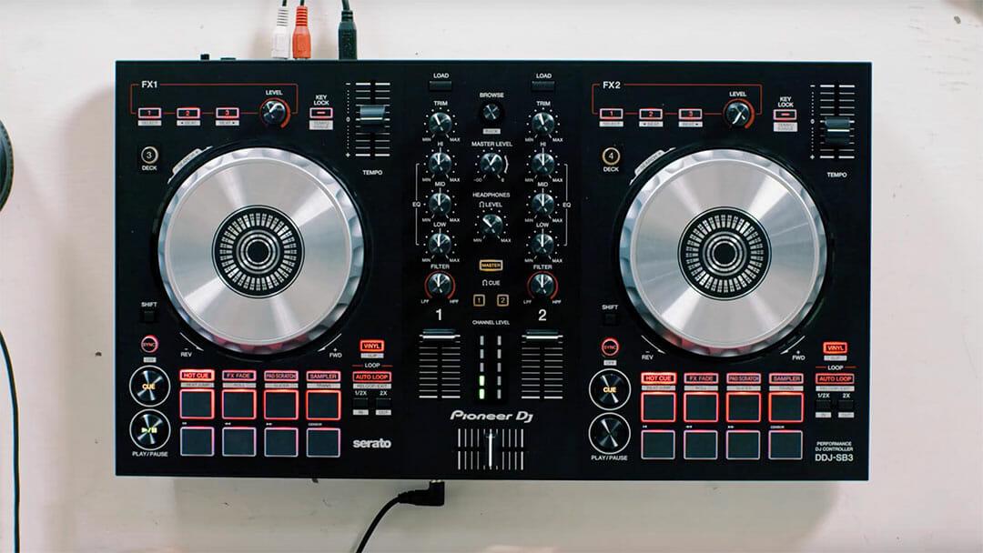 controleur DJ pioneer